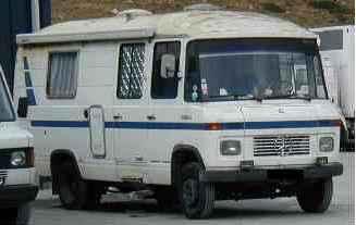anciens camping car. Black Bedroom Furniture Sets. Home Design Ideas